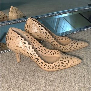 New without box Charles by Charles David Heels